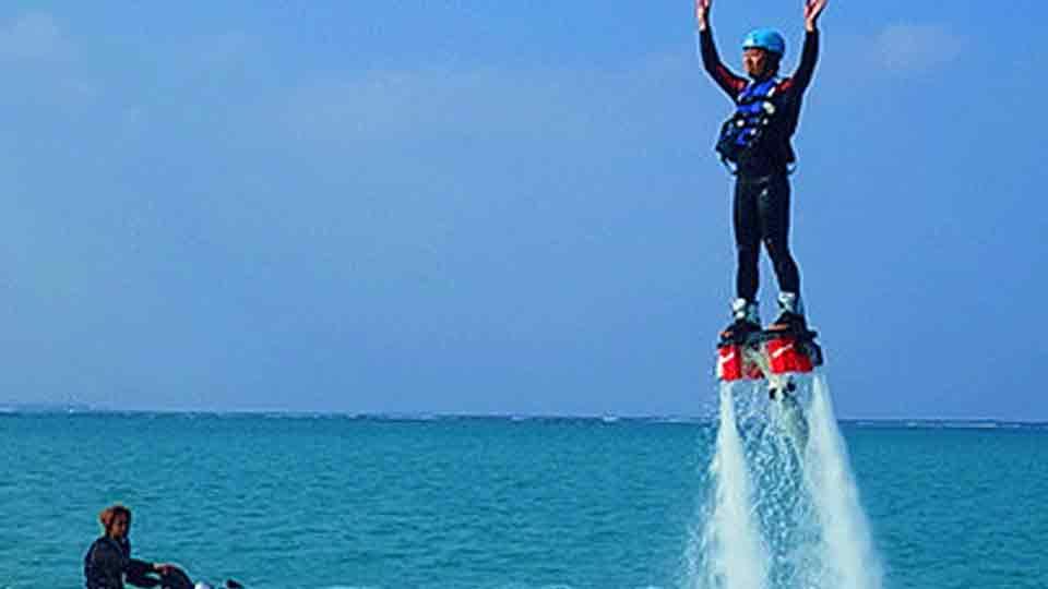 フライボード(fly-board)